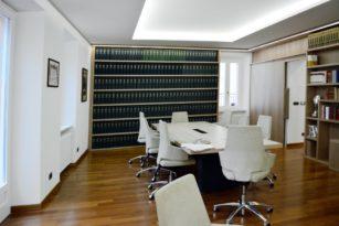 Progettazione studio notarile a Torino: scegliere una soluzione chiavi in mano