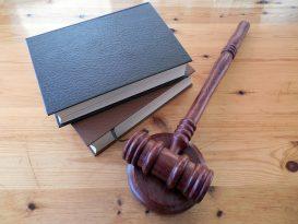 Come scegliere un avvocato penalista e come orientarsi sul web