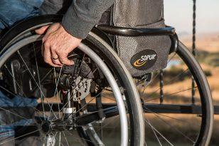 I vantaggi di uno scooter per disabili ed anziani a 4 ruote