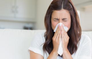 Come curarsi il raffreddore in maniera naturale