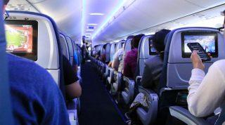 Cinetosi da aereo, come combattere il mal d'aria? I rimedi naturali