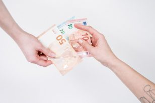Quali sono i costi da sostenere per studiare all'università?